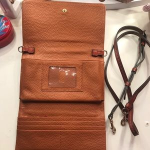Dooney & Bourke Bags - Dooney & Burke crossbody bag